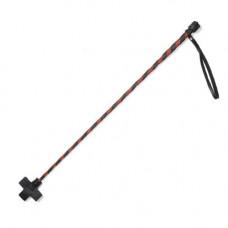 Красно-черный кожаный стек с крестообразным наконечником - 70 см.