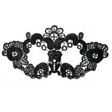 Нитяная маска с цветами